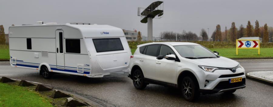 Kies een auto of caravan